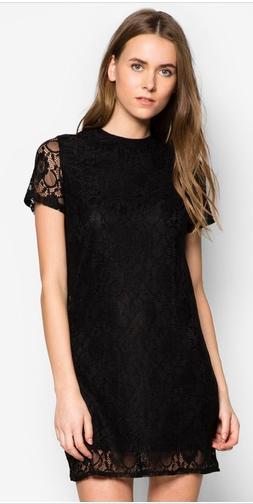 blacklacedress