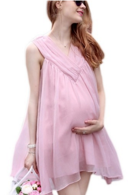 432b41047d84f Well, if you have Chiffon Maternity Mini Dress from Lalang in your closet  then you could showstopper at any party.
