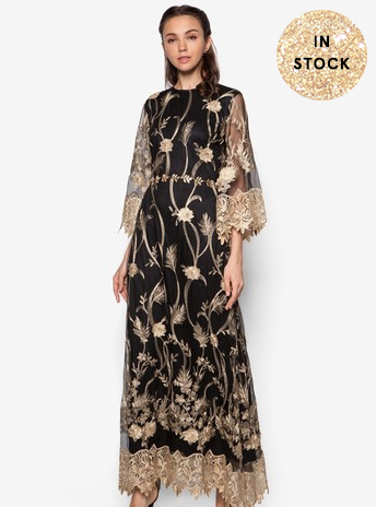 balckngoldlace gown