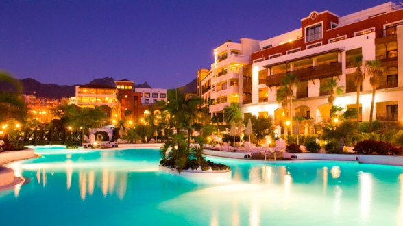 Dream Place Hotel Night