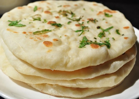 kulcha-an-indian-bread-recipe-dish.1024x1024