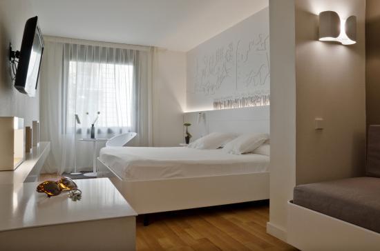 pol-grace-hotel