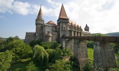 corvin-castle-360-4078
