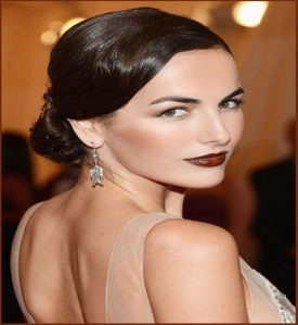 dark-lips-perfect-for-parties