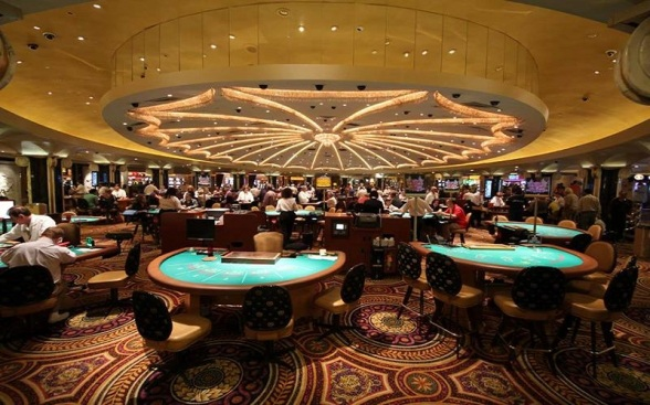 28-stunning-photos-from-caesars-palace-in-las-vegas-2