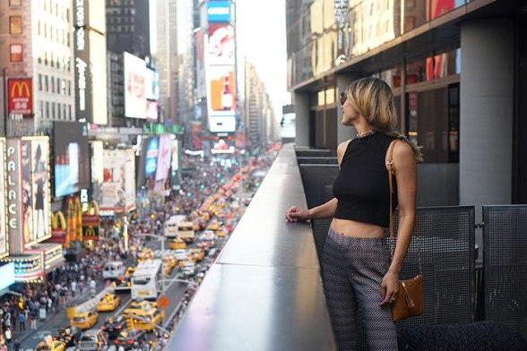 ella-moss-layla-pants-gigi-new-york-chelsea-crossbody-hm-crop-top-copy