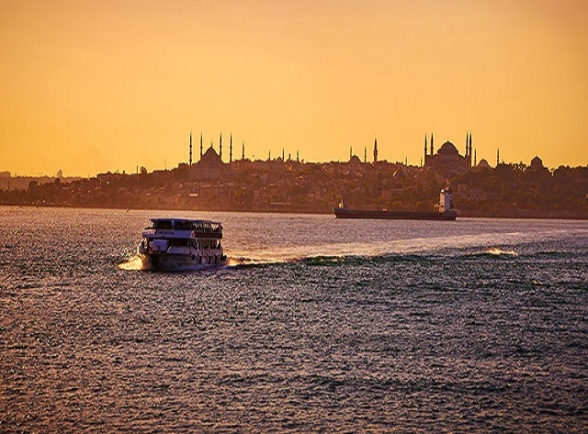 istanbul-bosphorus-sunset