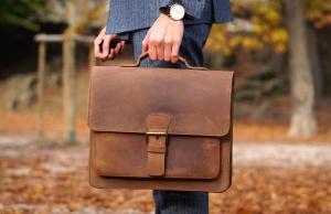 men_brown_leather_briefcase-jpg-abofai73tjbkf549b291144c0ab09a7d3ede21205d60c148fdb0