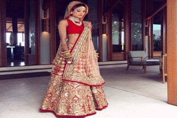 real-bride-manish-malhotra-lehenga