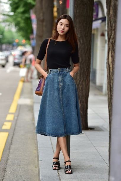 2057c8fc582f5a247c7112727434a83c--modest-denim-skirt-outfit-denim-oufit