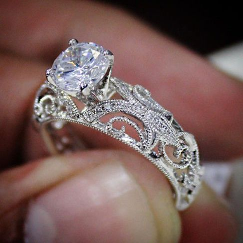 6f3ba76dad9c670e8df3f35047442950--dream-engagement-rings-engagement-ideas