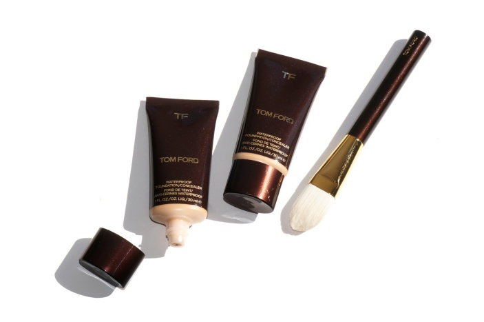 Tom Ford Waterproof Foundation Concealer and Foundation Brush Review