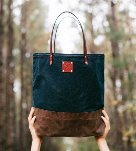 Waxed-Canvas-Leather-Tote-Bag-Sturdy_1_0_HR9A7277