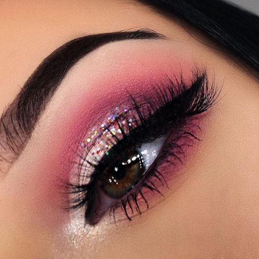 2812eac0c504ddd8fc7ec3bbedd4feee--valentines-day-makeup-beautiful-eyes.jpg