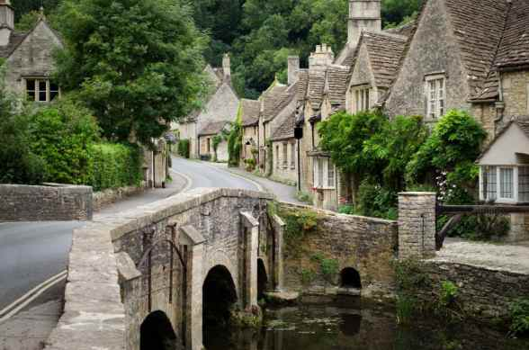 Cotswolds-village-xlarge.jpg