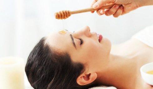 honey-for-oily-skin