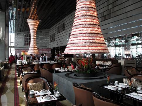 The_Ritz-Carlton_Hong_Kong_The_Lounge_&_Bar.jpg