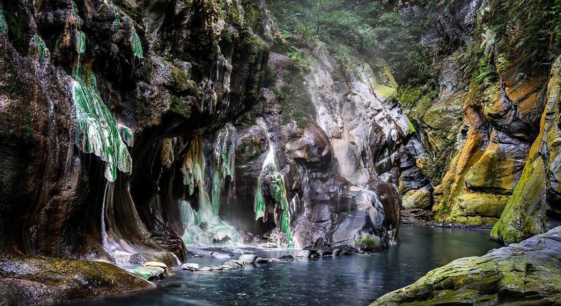 li song hot springs