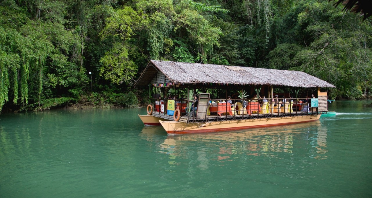 bohol-adventure-boat-1280x742